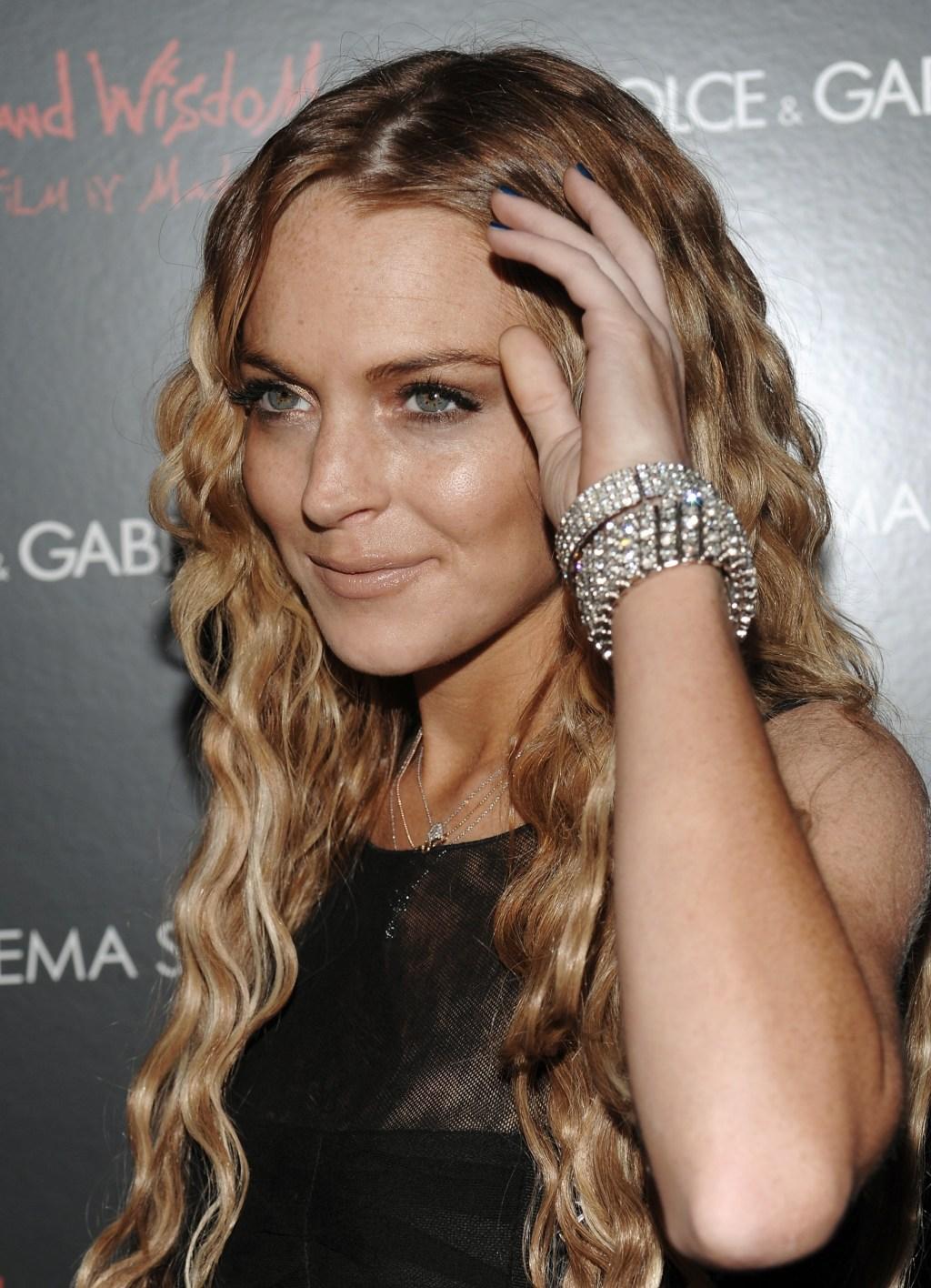 081013038286 Lindsay Lohan