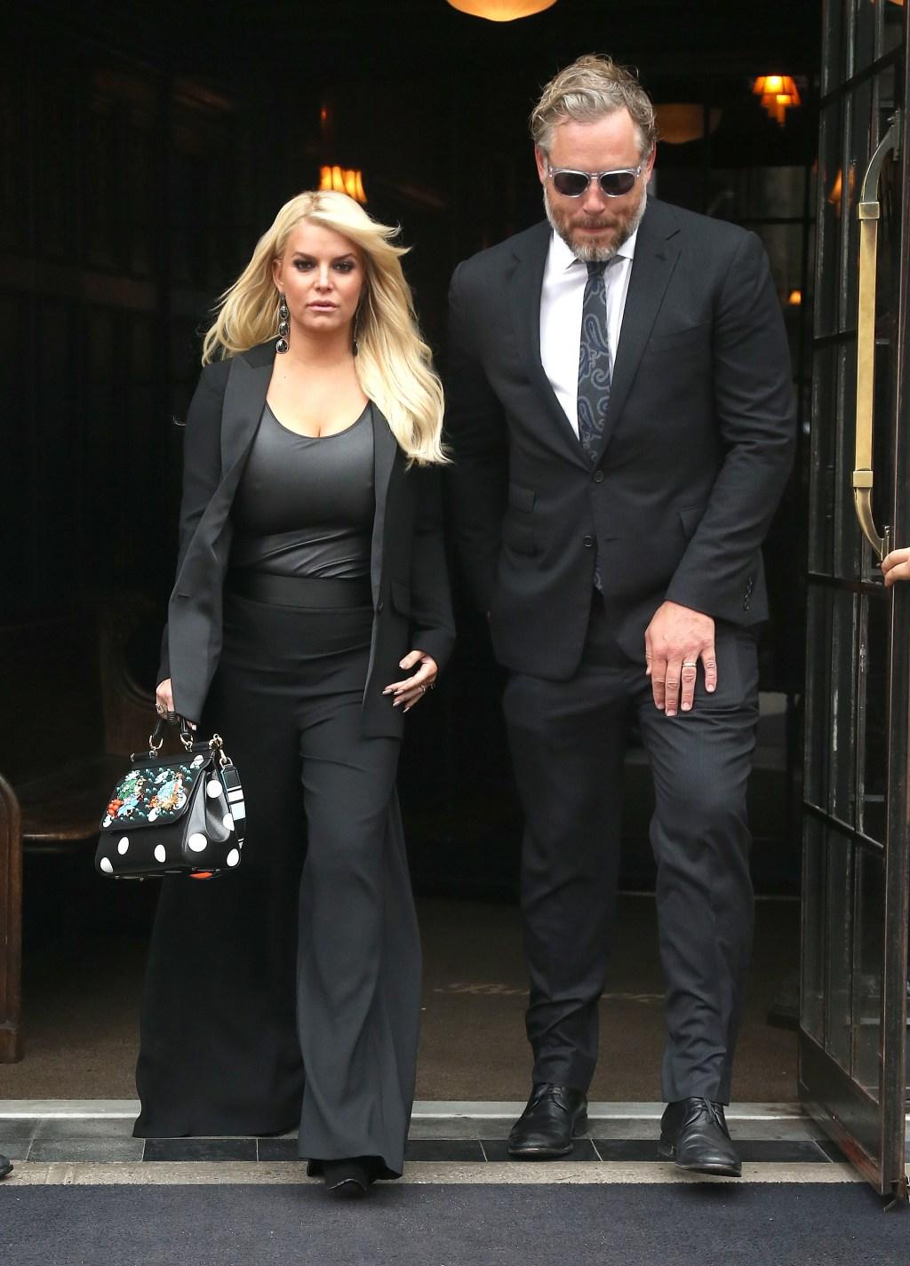 Jessica Simpson and Eric Johnson in black attire