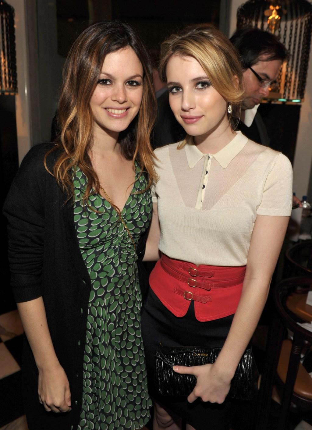 Rachel Bilson, Emma Roberts