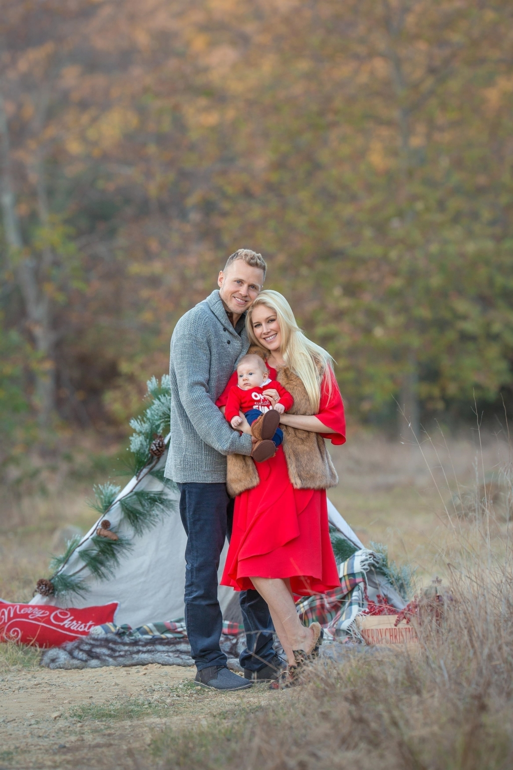 Heidi Montag and Spencer Pratt ring in the Holidays with Baby Gunner