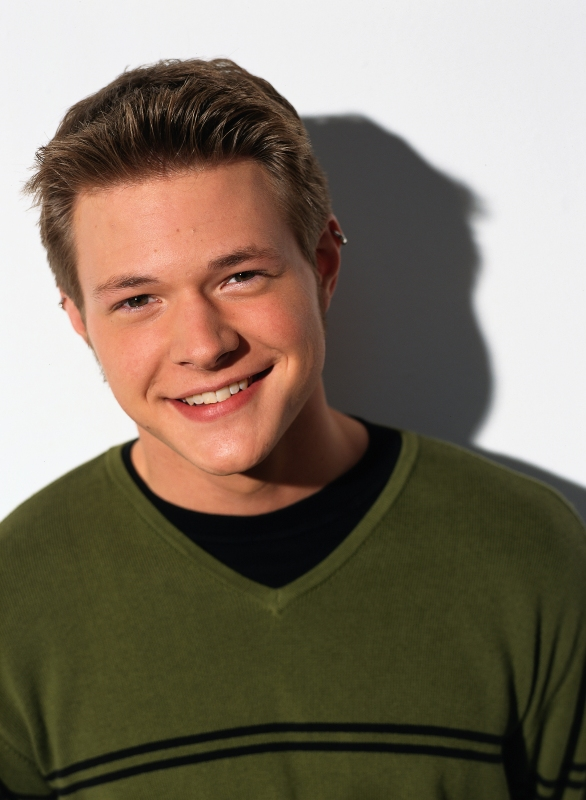 Sabrina The Teenage Witch Cast Where Are They Now Gallery Wonderwall Com Actors so very rarely have job security or consistent work in an interview with et on tuesday, owens opened up about his job at trader joe's and revealing why wore his name tag to the interview despite. sabrina the teenage witch cast where