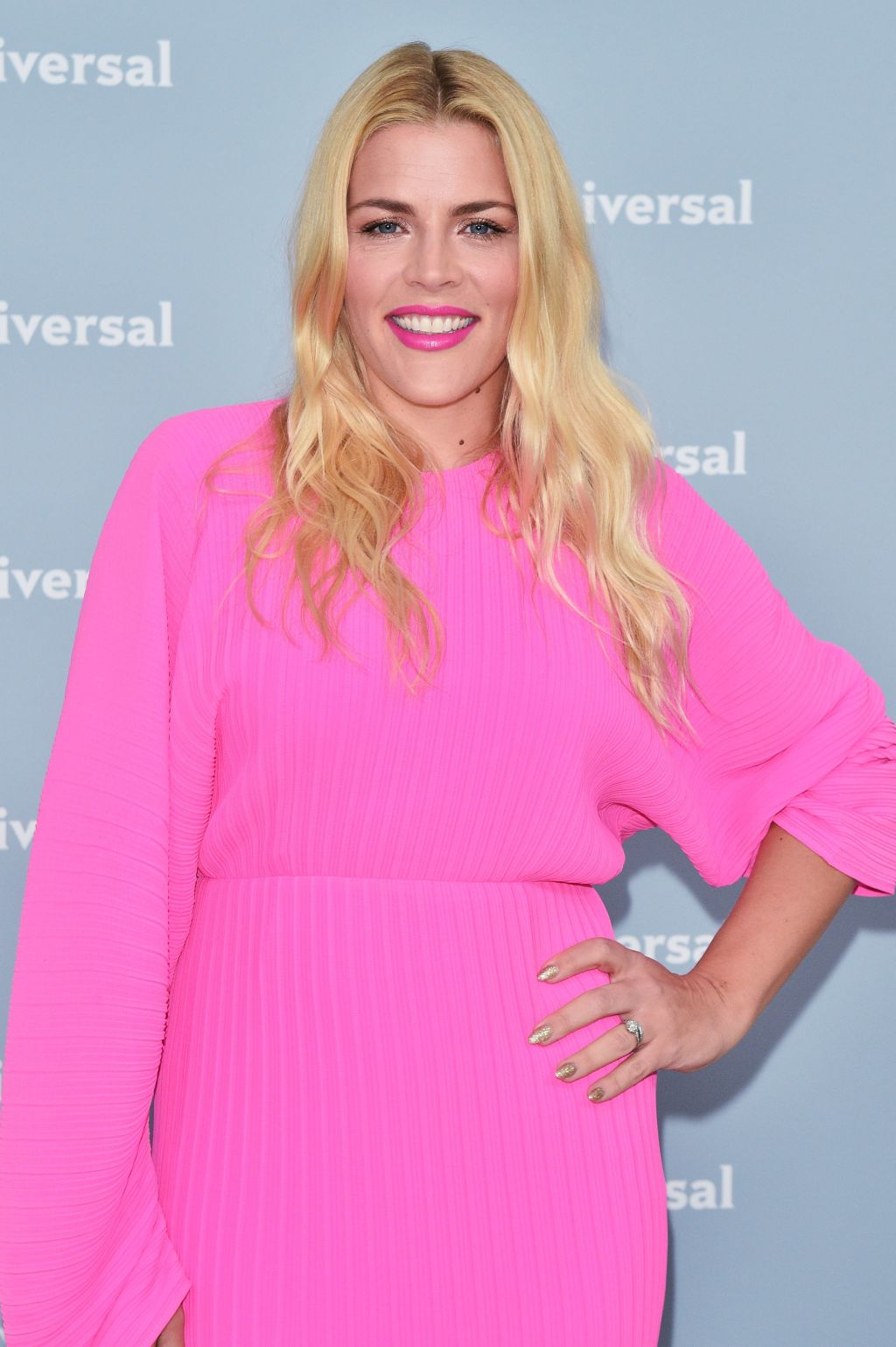 Busy Philipps makeup