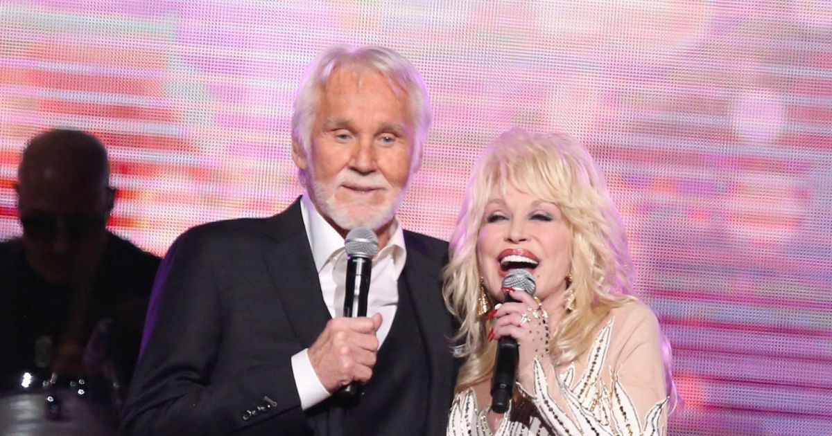 Celebrities React To The Passing Of Kenny Rogers Gallery Wonderwall Com