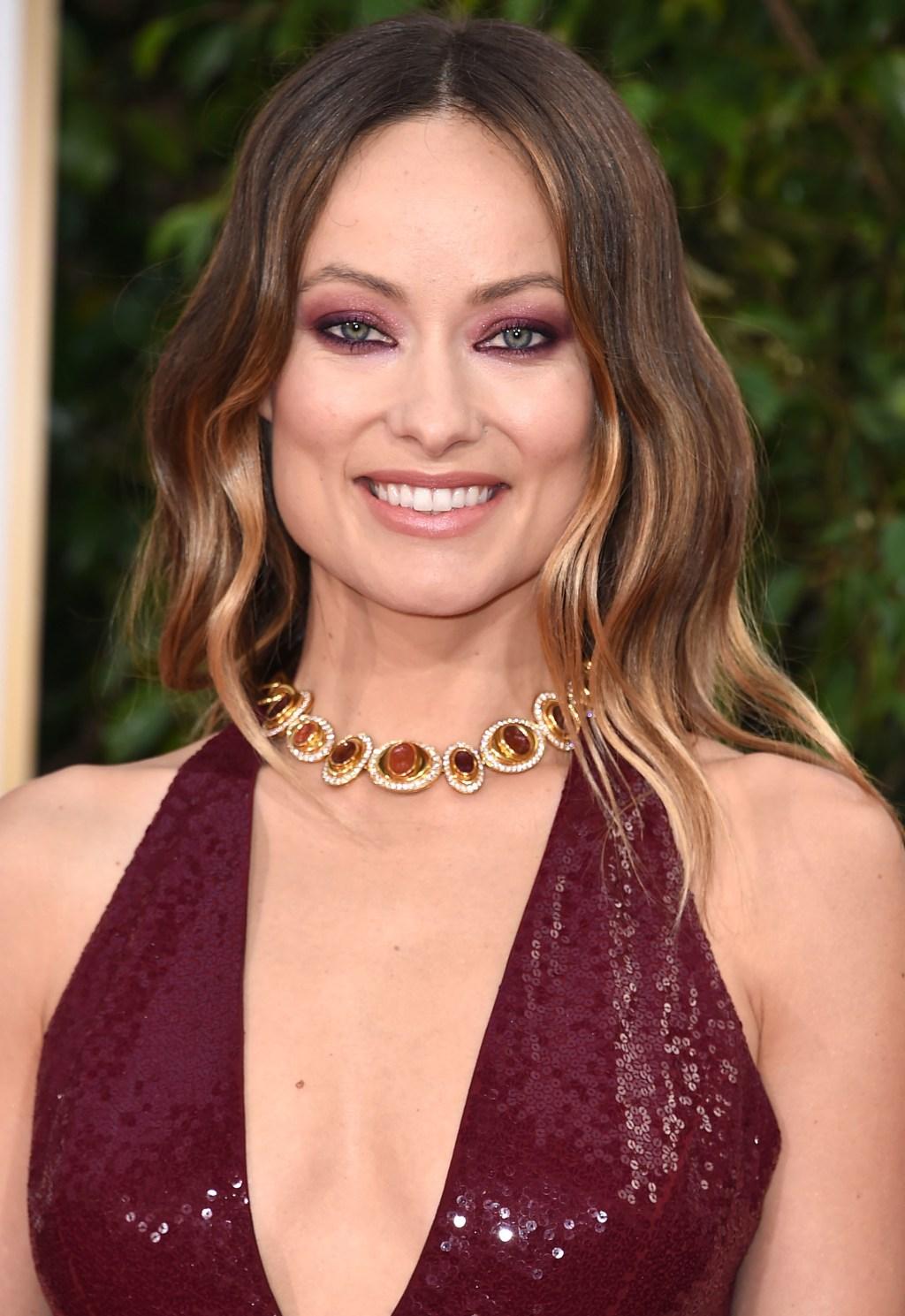 Olivia Wilde, 2016 Golden Globes, jewelry