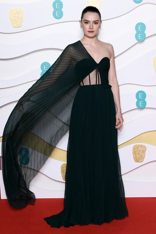 Fashion Hits And Misses From The 2020 Baftas Gallery Wonderwall Com