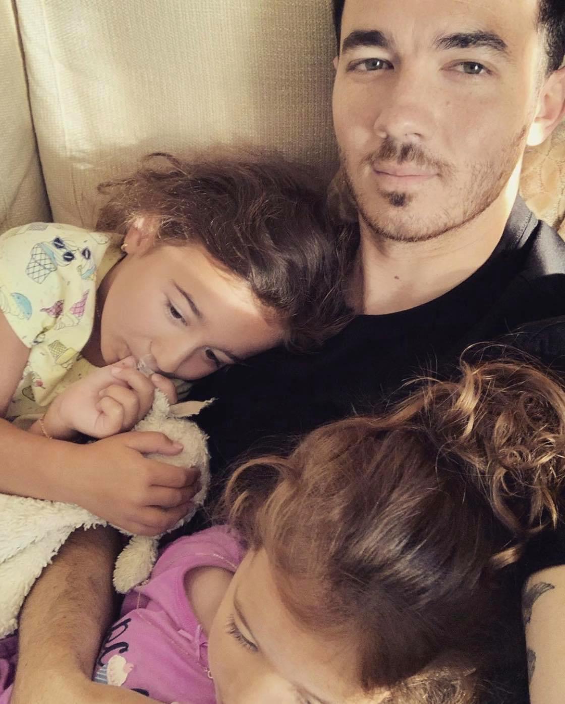 Kevin Jonas, daughters