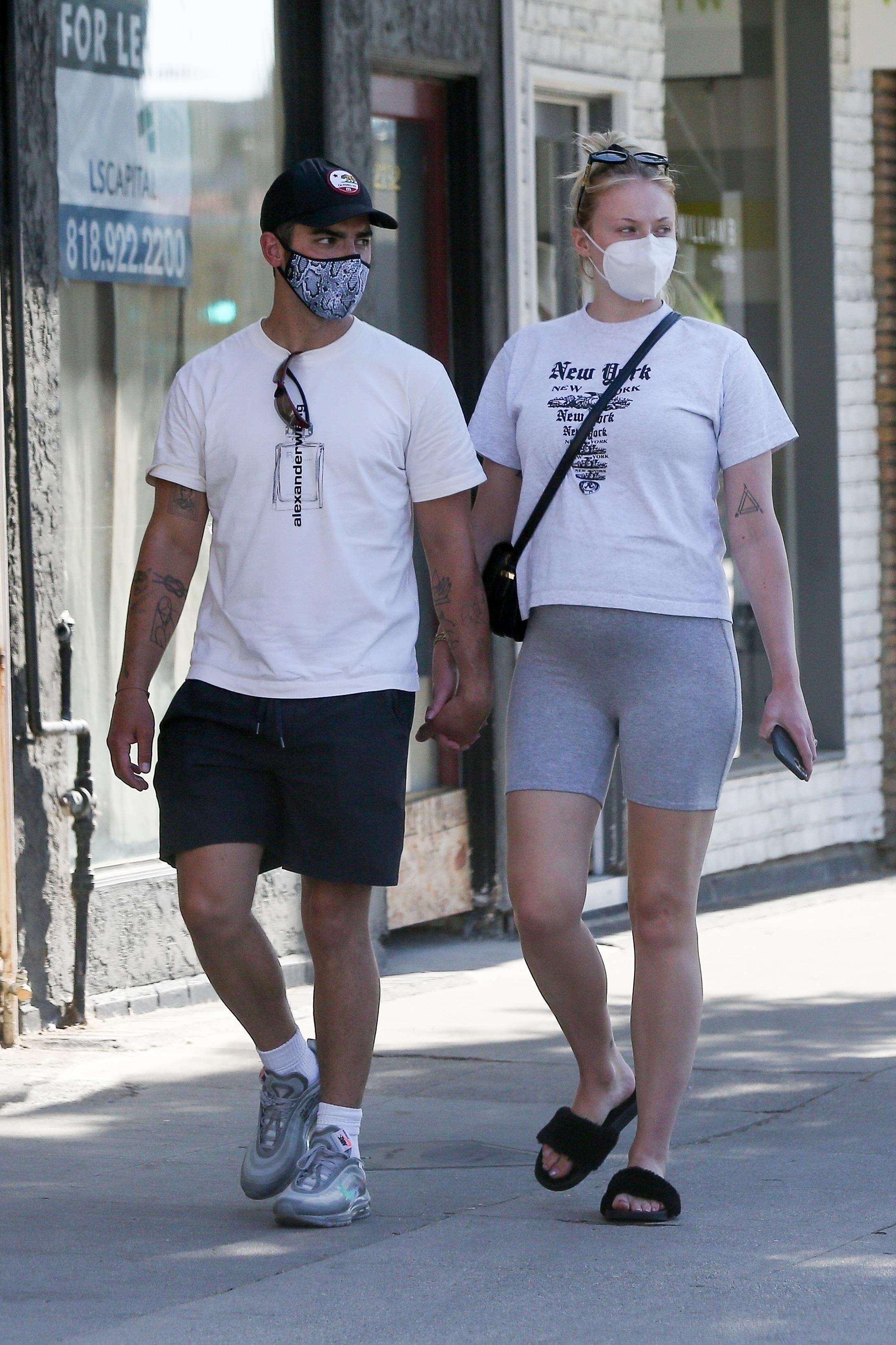 Joe Jonas and pregnant Sophie Turner