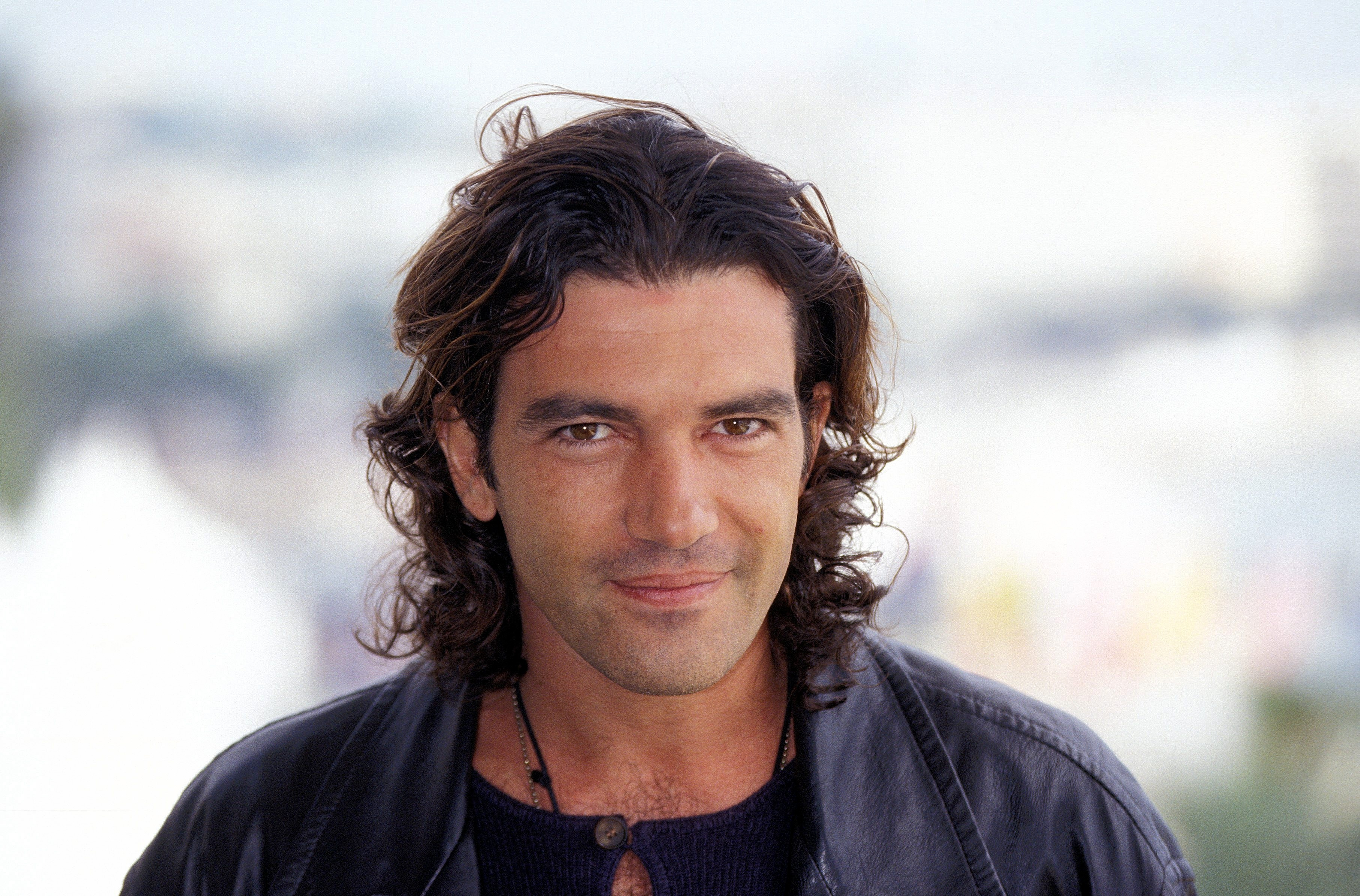 Photo flashback: Antonio Banderas's life and career in pictures | Gallery |  Wonderwall.com