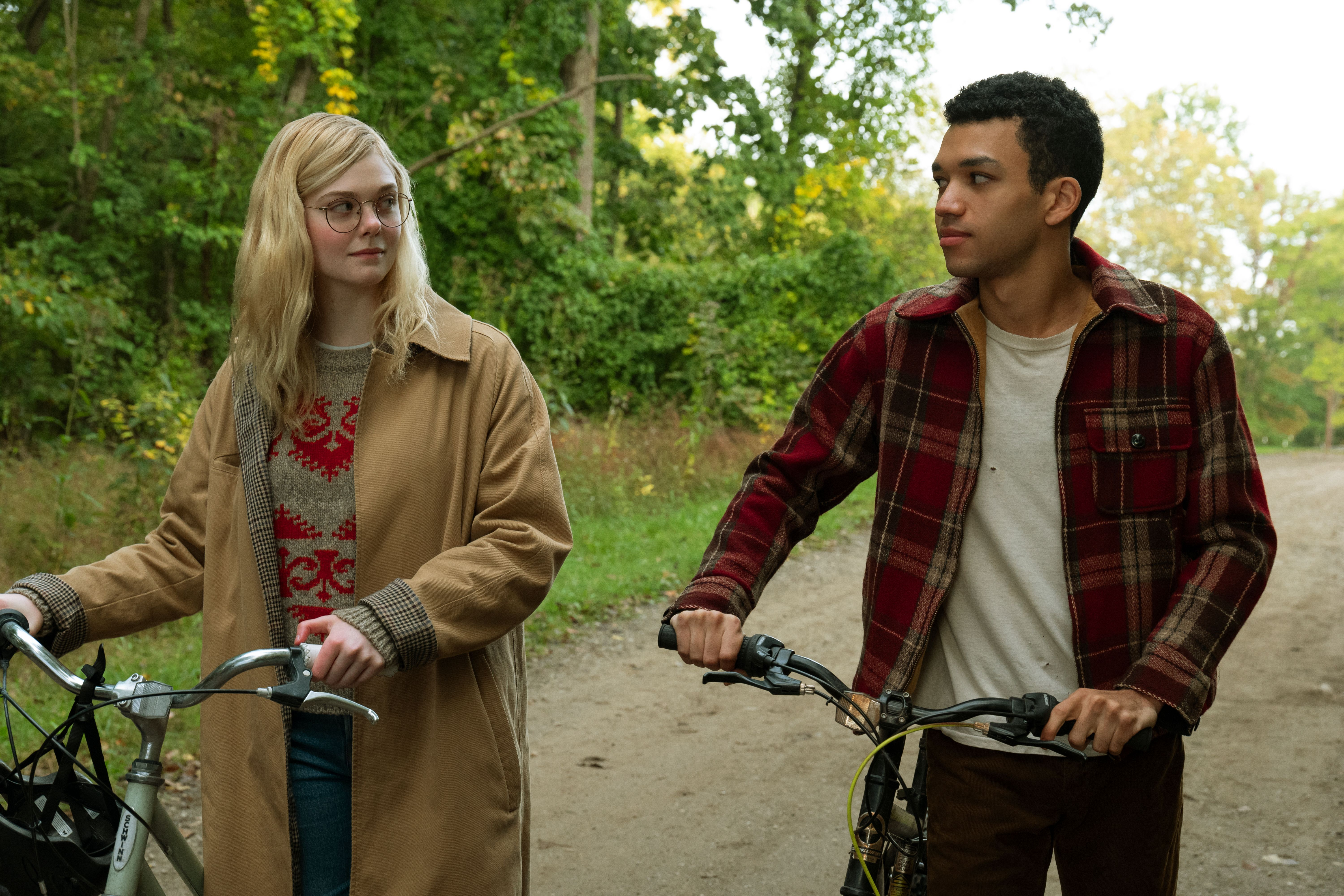 Elle Fanning, Justice Smith, All the Bright Places