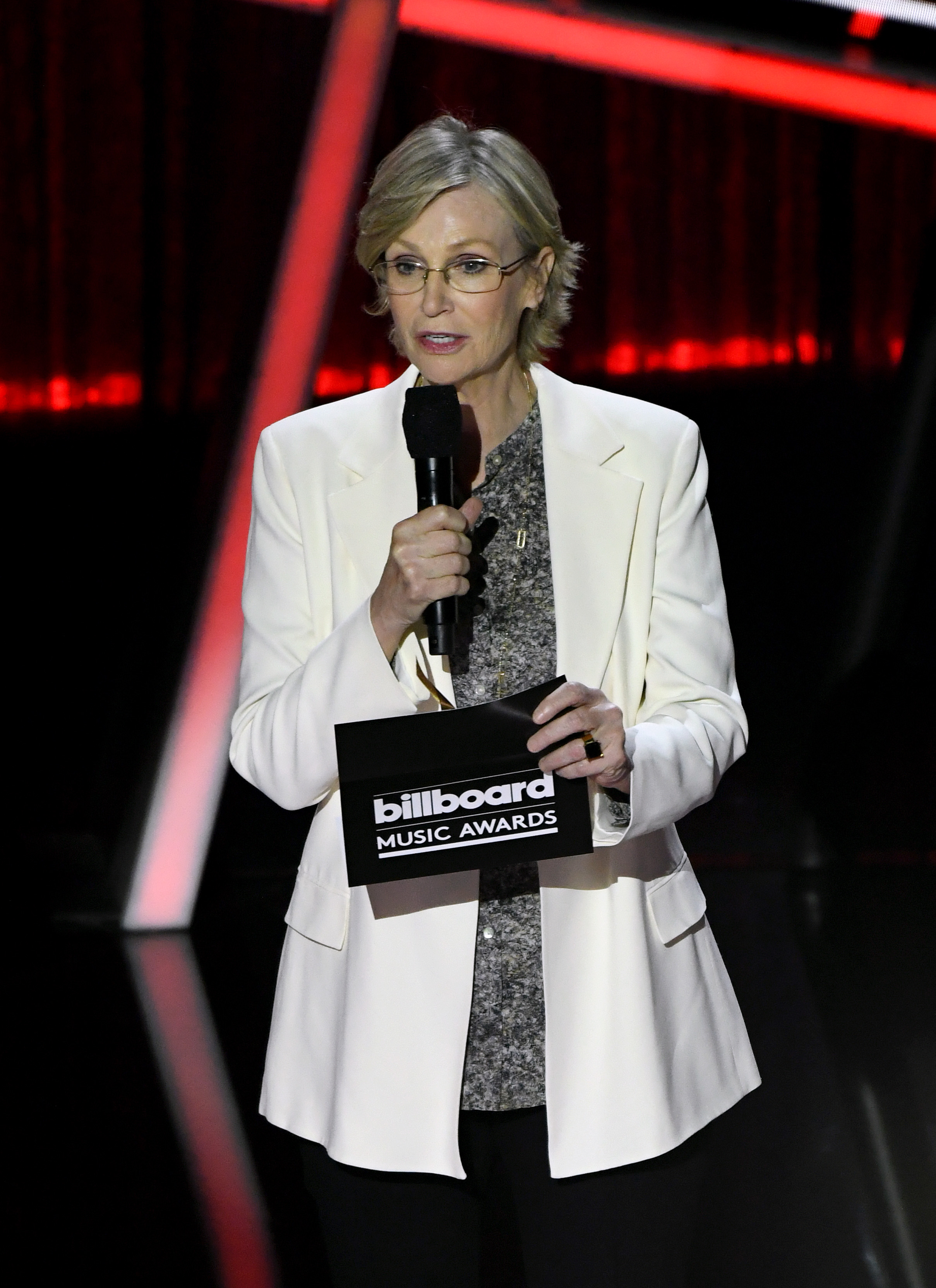 2020 Billboard Music Awards  jane lynch