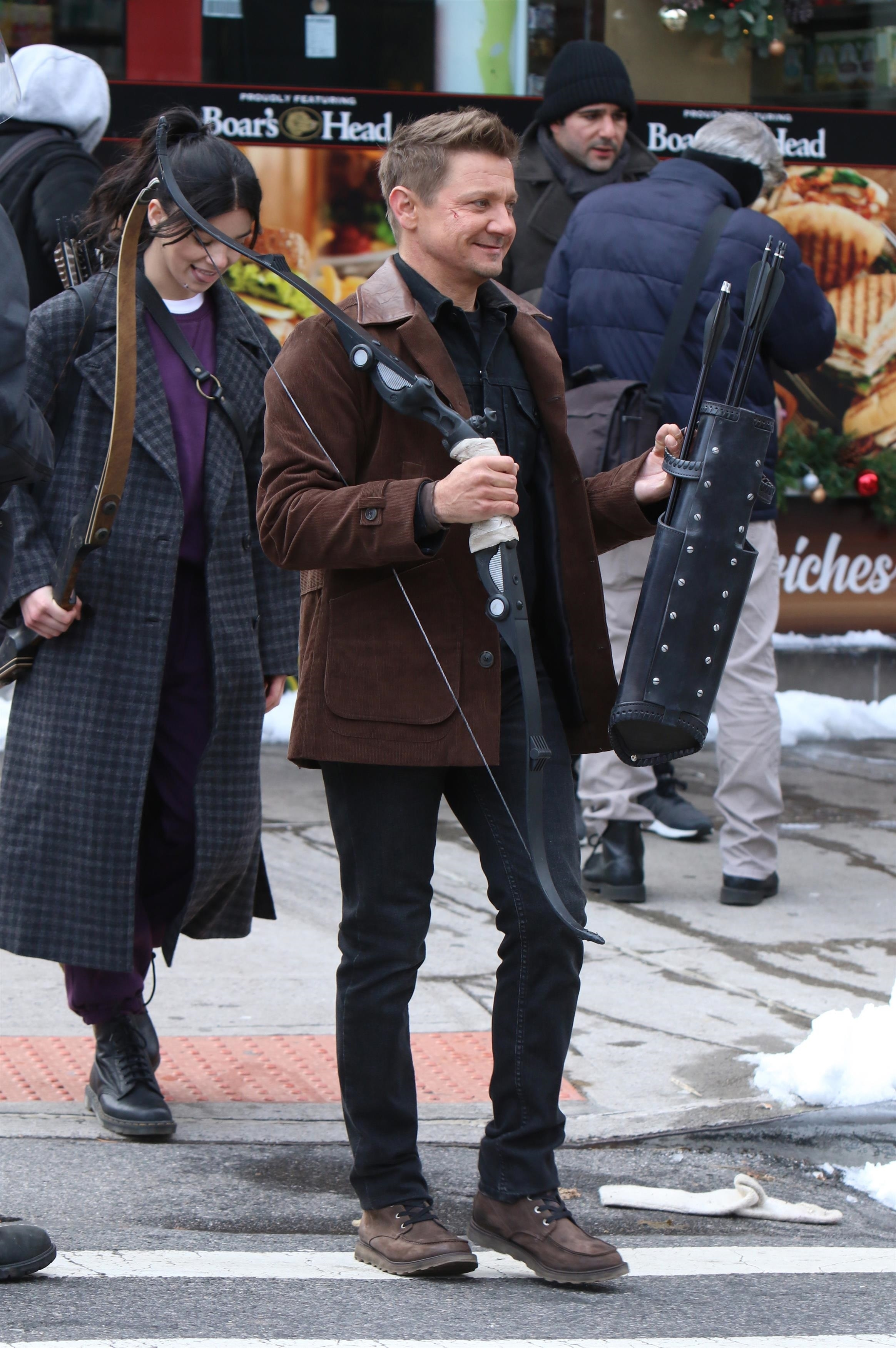 Hailee Steinfeld and Jeremy Renner