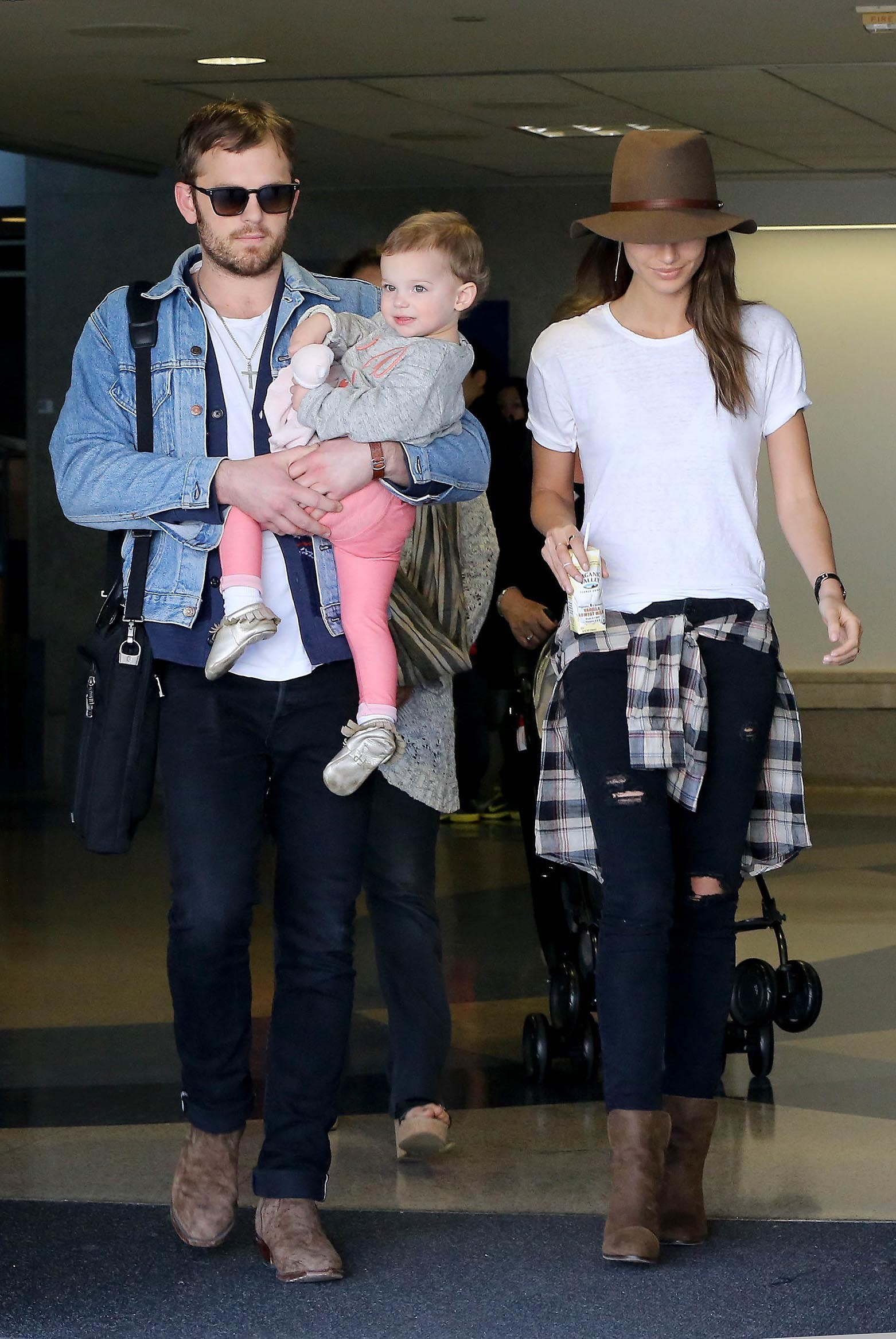 Lily Aldridge, husband Caleb Followill, daughter Dixie Pearl