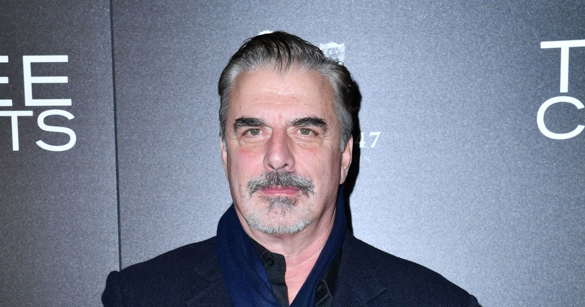 What happened? Chris Noth shocks fans with picture of facial abrasions.jpg