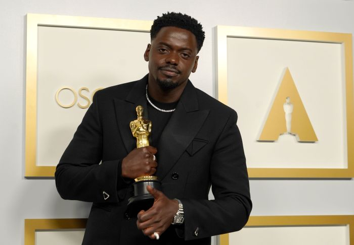 2021 Oscar winners: Acceptance speech moments you don't want to miss |  Gallery | Wonderwall.com