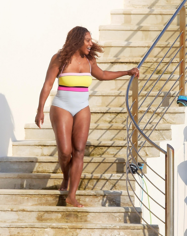 Serena Williams beach