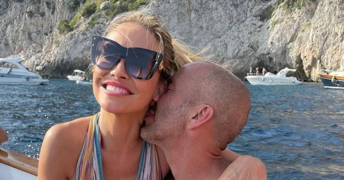 'Selling Sunset' star reveals secret romance with her boss, plus more celeb love news.jpg