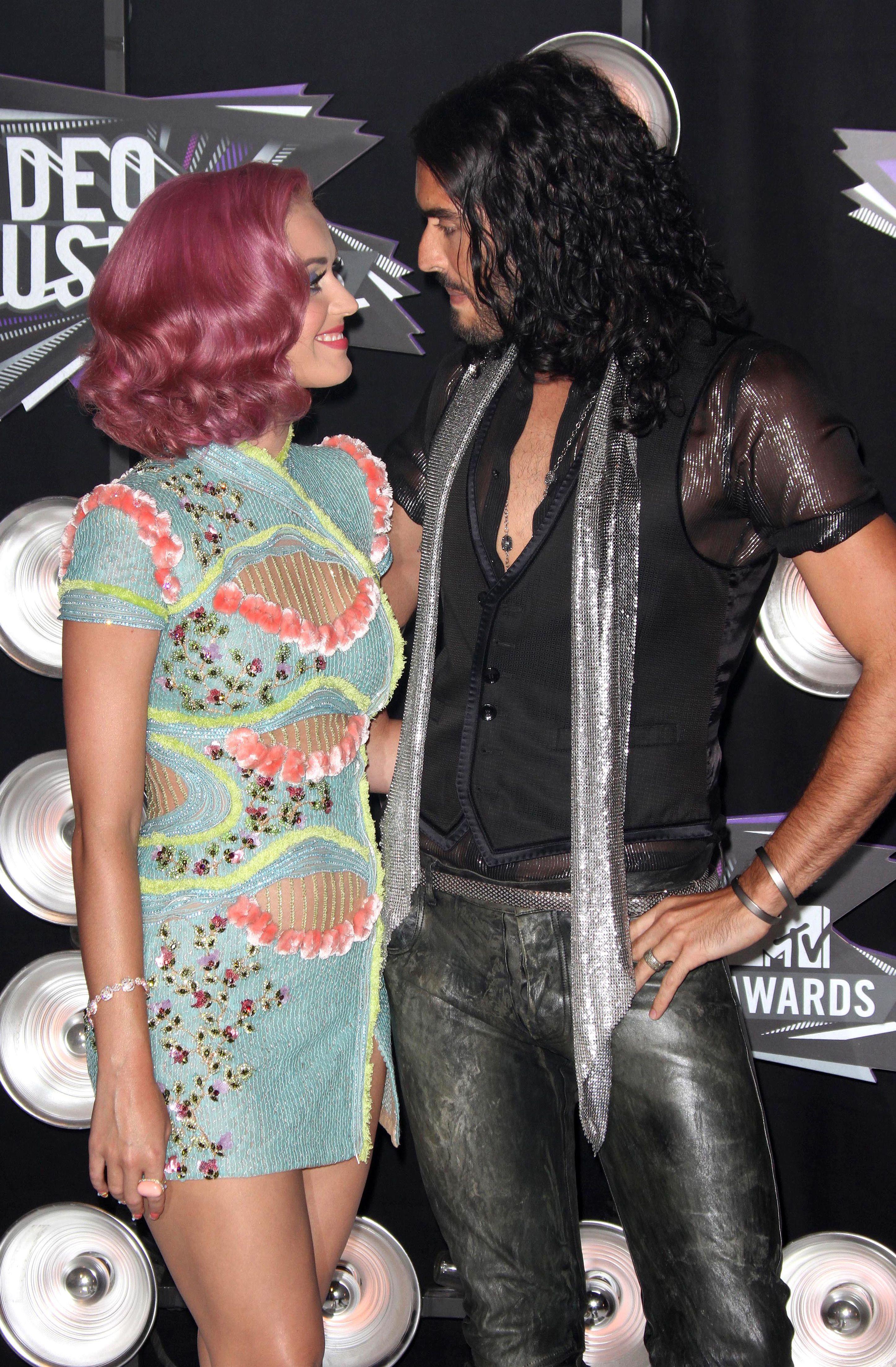 Katy Perry, Russell Brand 2011 MTV VMAs