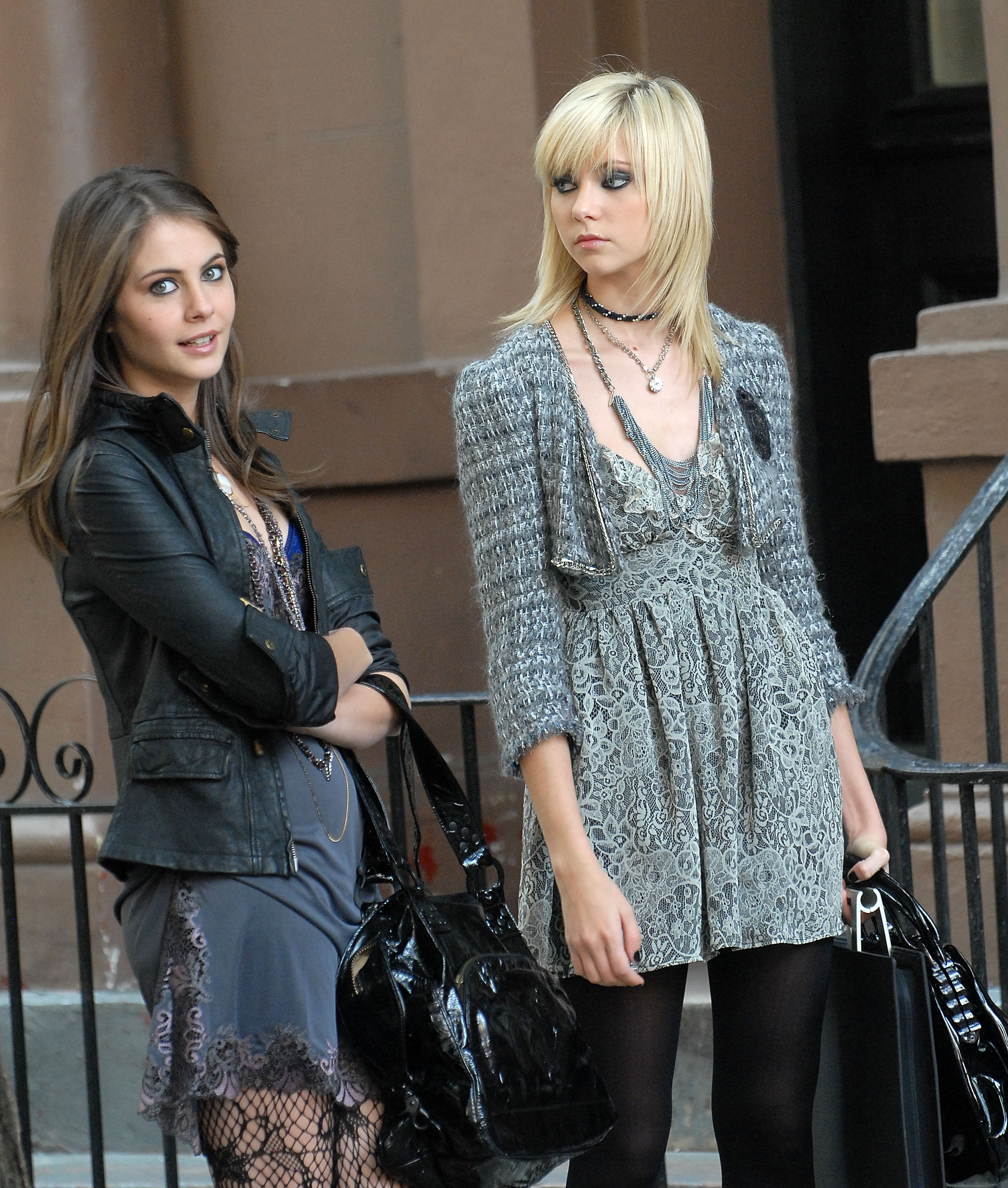 Willa Holland and Taylor Momsen