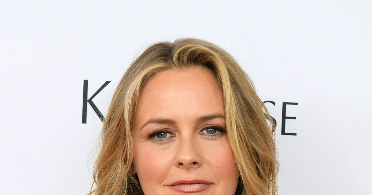 Alicia Silverstone embracing 'adventure' after joining dating app.jpg