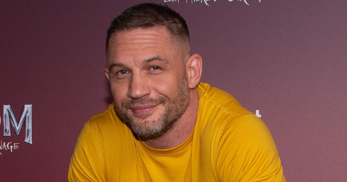 Tom Hardy's Frenchie owns 'Venom' red carpet, more celebs and their pets in 2021.jpg