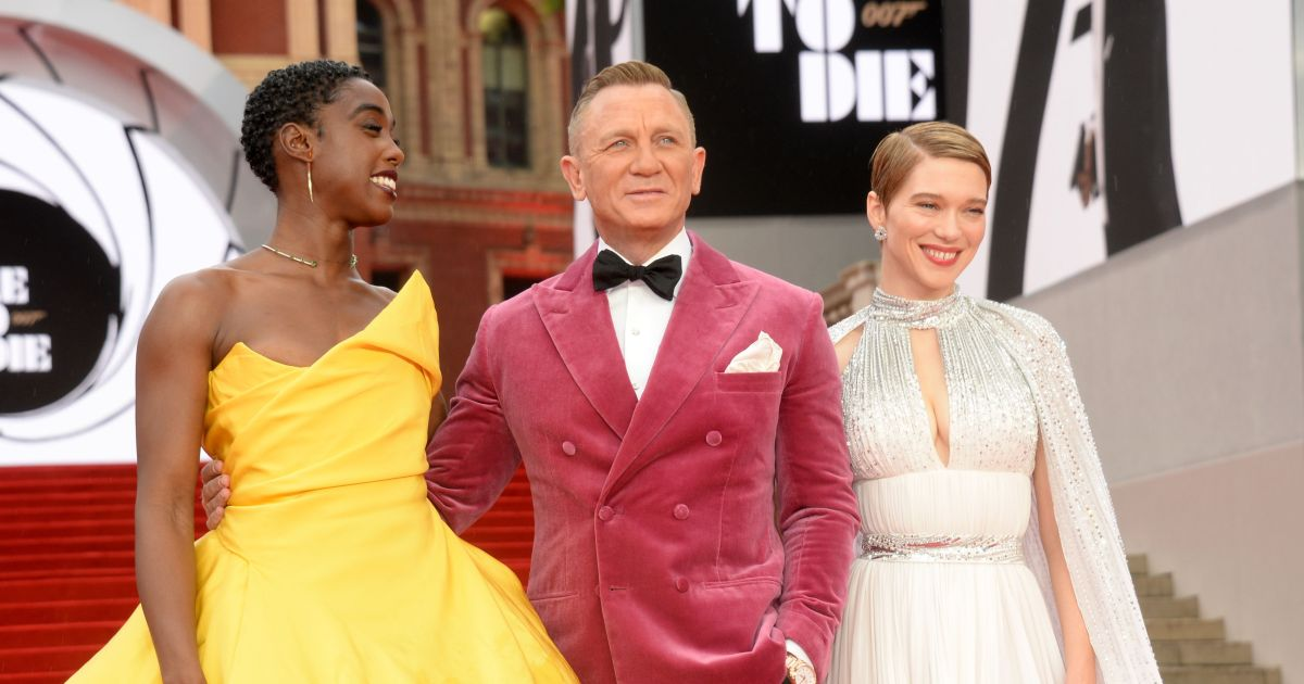 Bond is back! See Daniel Craig and more stars at the 'No Time to Die' London premiere.jpg