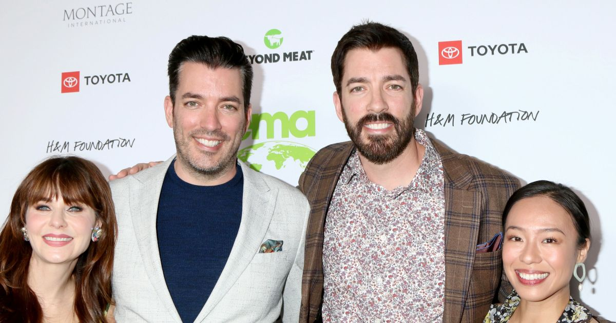 The Property Brothers' double date night, more celeb photos from Oct. 18-23.jpg
